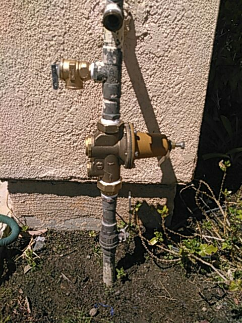 "Calabasas, CA - 1"" water pressure regulator and relief valve installation"