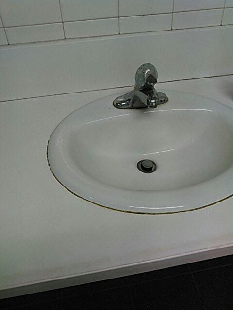 Pomona, CA - Sink stoppage