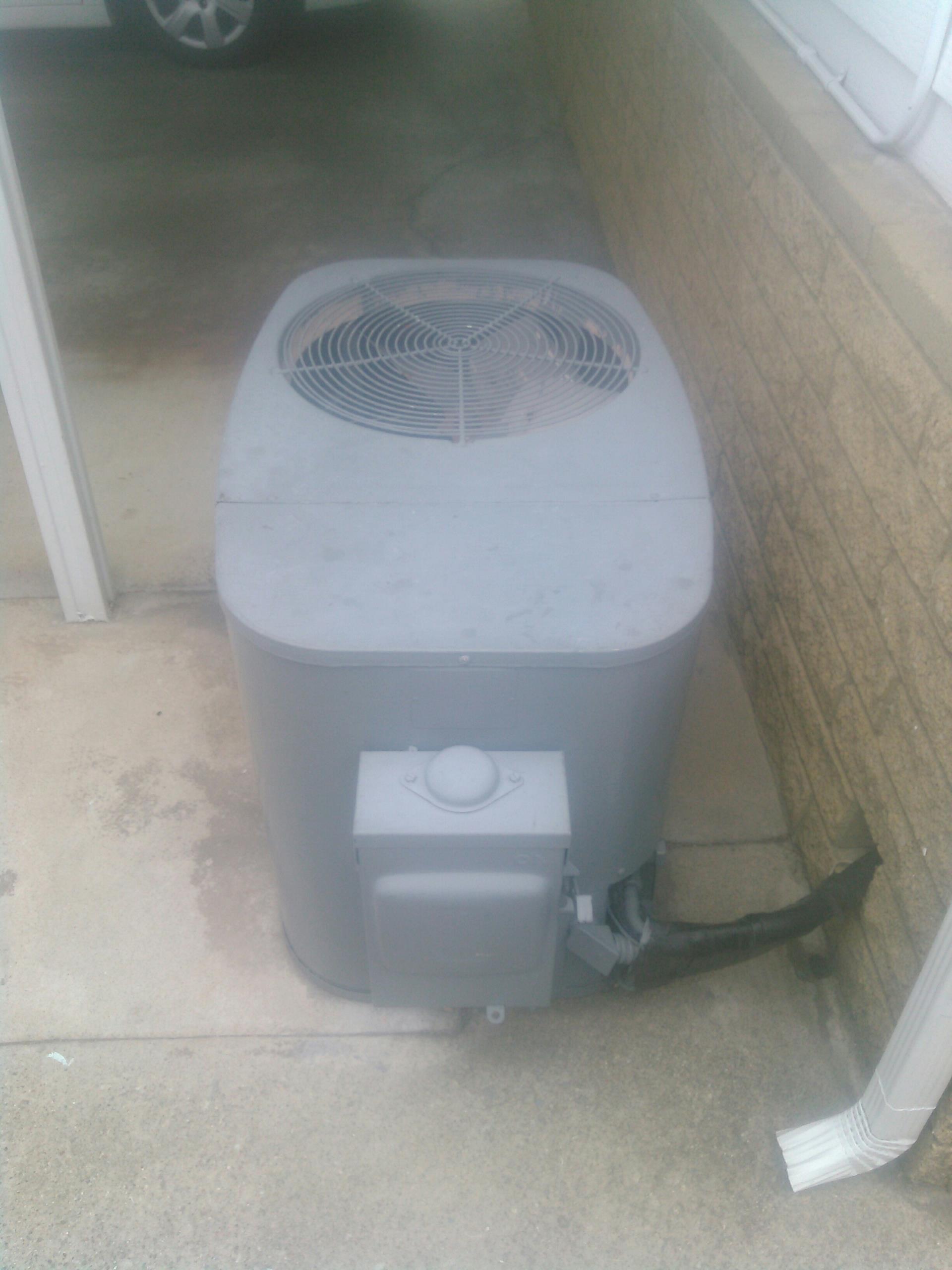 La Verne, CA - AC unit not blowing cold air.