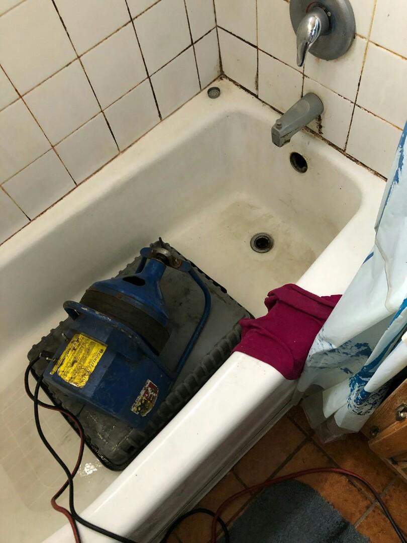 El Monte, CA - Bathtub drain clog