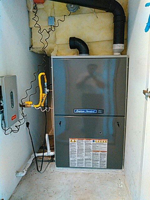 Hermosa Beach, CA - Installed new force air unit,with new zone control,with three touch screen thermostat control