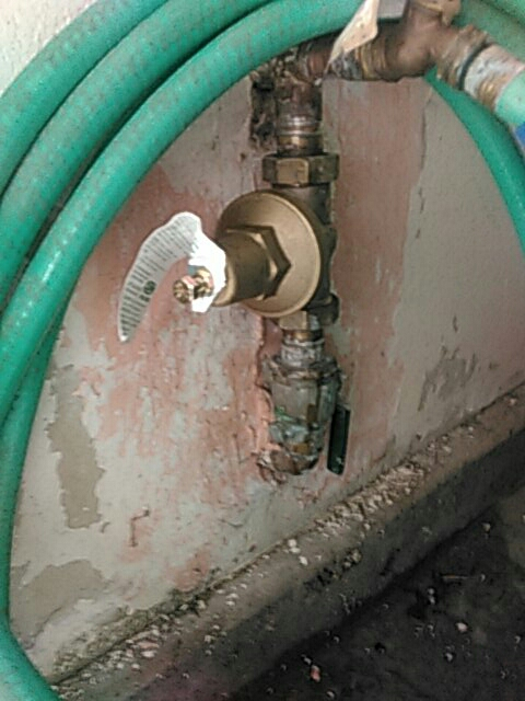 Mission Viejo, CA - Pressure regulator install