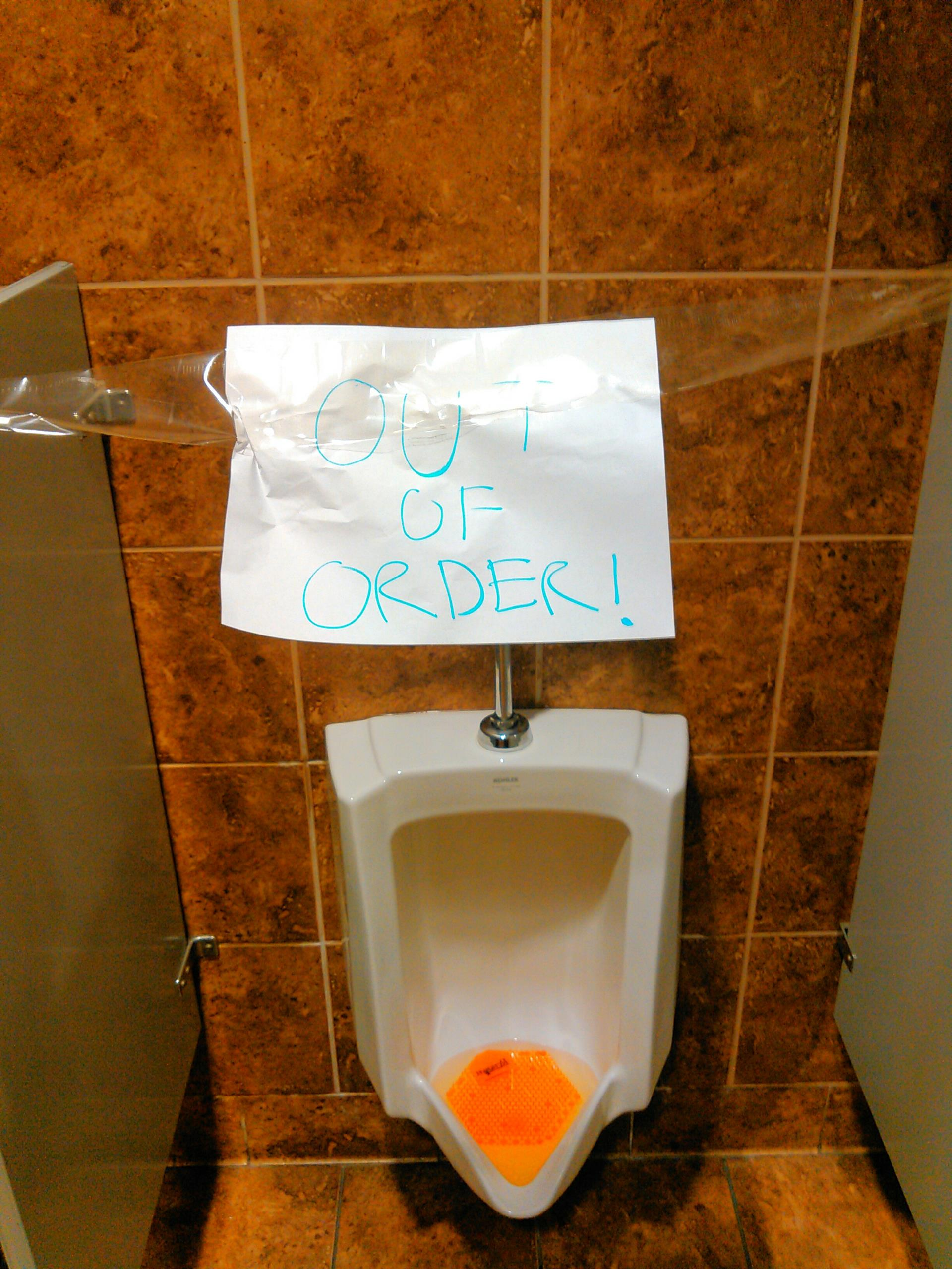 Pomona, CA - Urinal stoppage