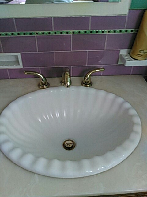 Glendale, CA - New faucet install.