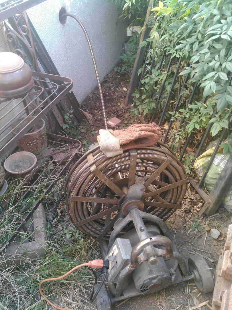 Arcadia, CA - Main lines stoppage / Auger through end of line clean out
