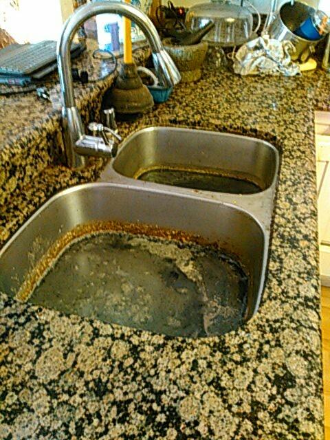 Irvine, CA - Kitchen stoppage