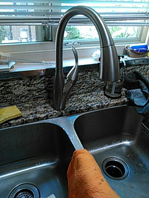 Laguna Woods, CA - Install kitchen faucet