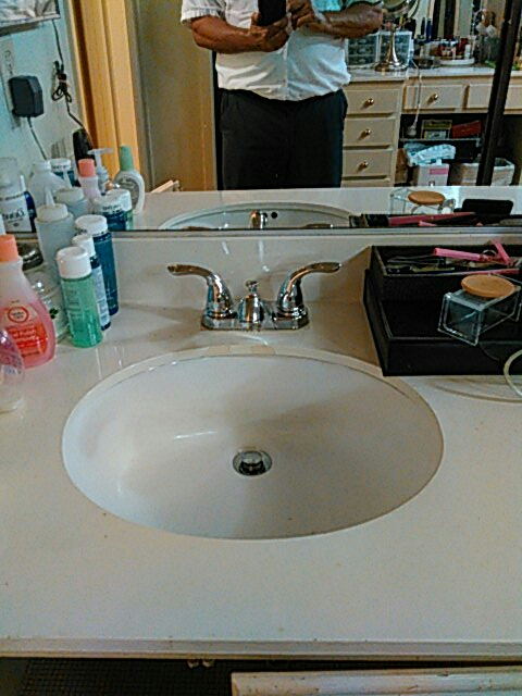 West Hollywood, CA - Install lav faucet