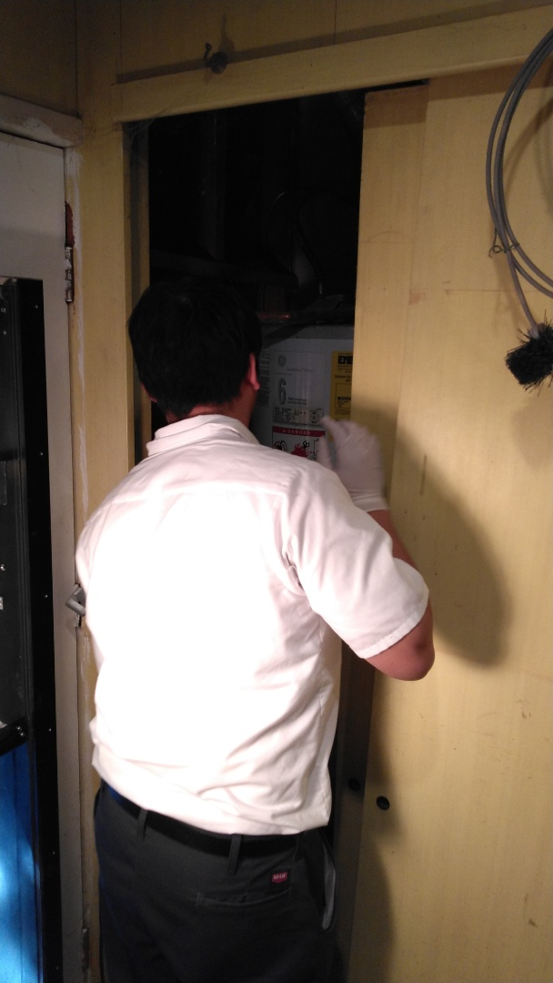 La Puente, CA - Earthquake strap replacement for Water Heater