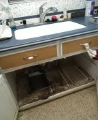 Hacienda Heights, CA - Kitchen sink stoppage customer remove and install trap/tubular for cabling