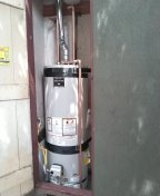 Los Angeles, CA - Install a new water heater.
