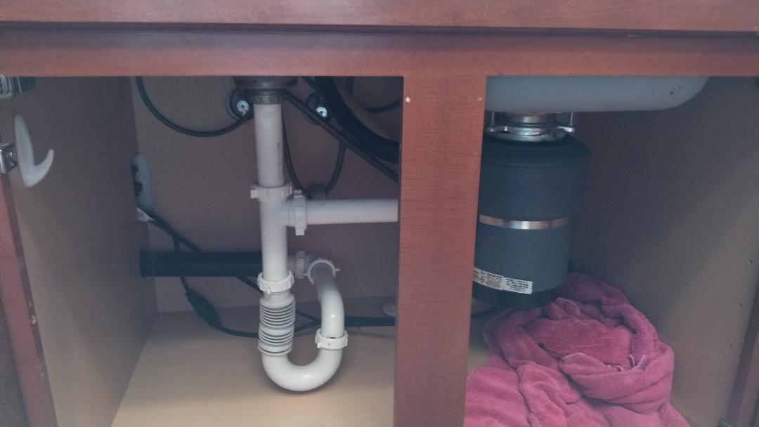 San Gabriel, CA - D.W/G.D clog and estimate for kit drain replacement