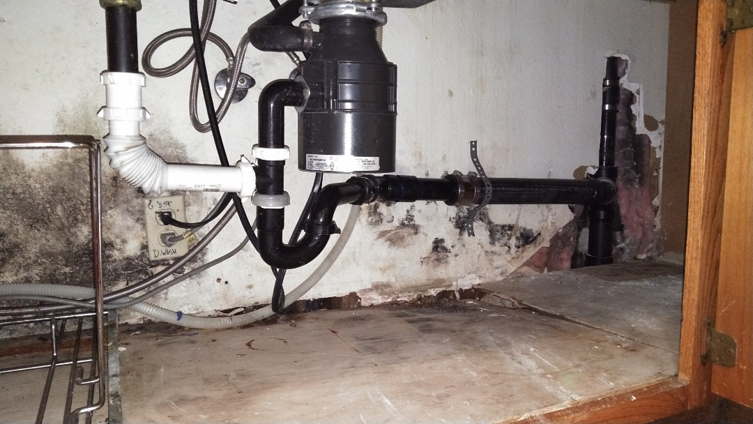 Montclair, CA - Kitchen sink stoppage clean-out