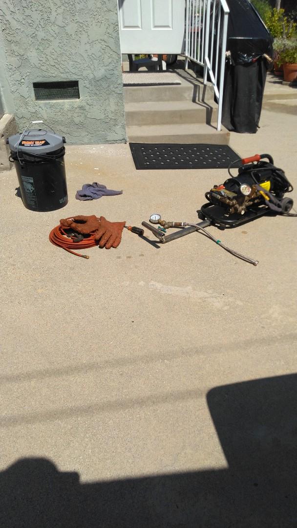 Burbank, CA - Hud�p jetting drain for kitchen sink