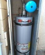 San Fernando, CA - Water heater up to code