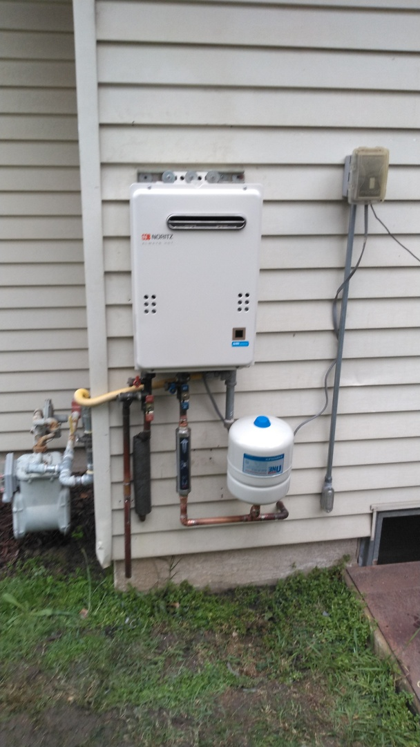 Pomona, CA - Installed new outdoor tankless water heater