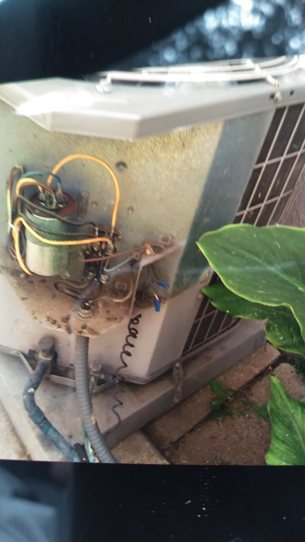 La Verne, CA - Repair A/C condenser and cleaned upflow evaporator coil
