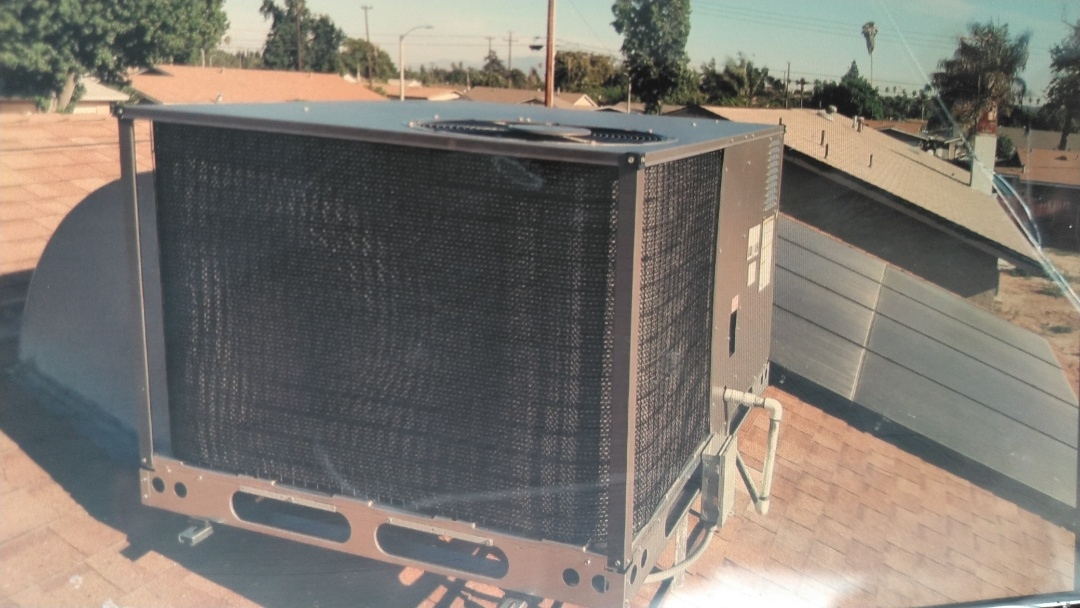 Pomona, CA - Installed new 3 ton gas electric package unit. Brand air temp