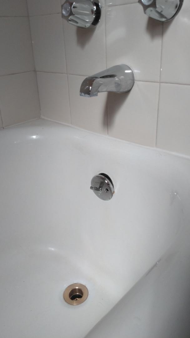 Los Angeles, CA - Bathtub drains repair