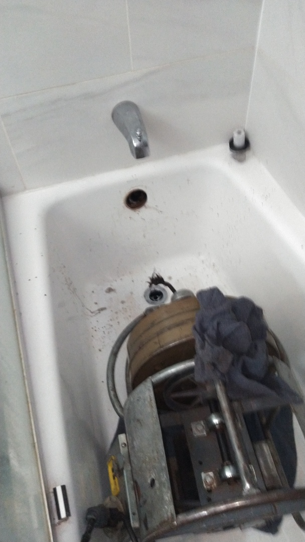 Baldwin Park, CA - Tub and shower drain cleaning