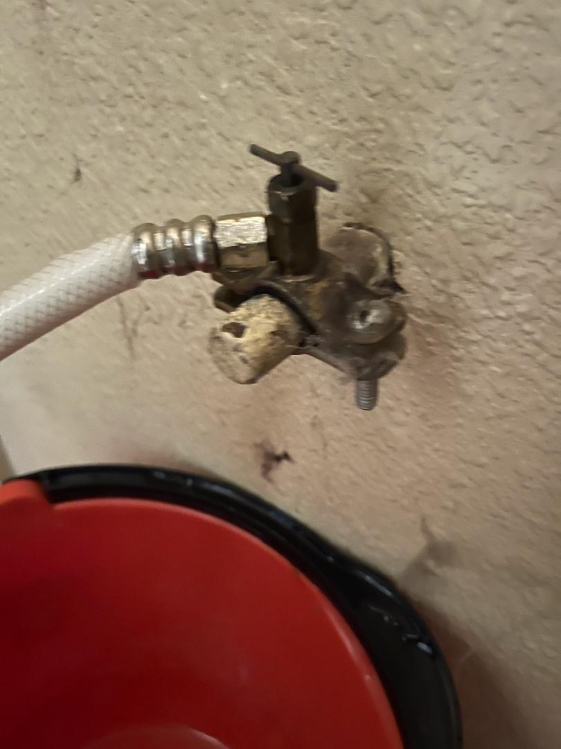 Refrigerator valve