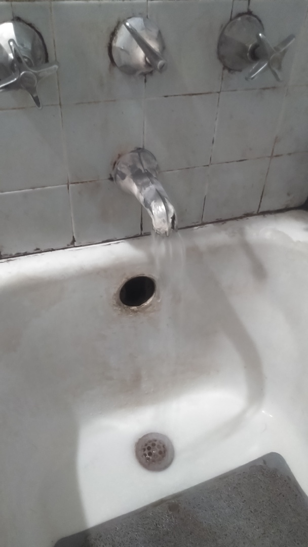 Cleared bathtub stoppage