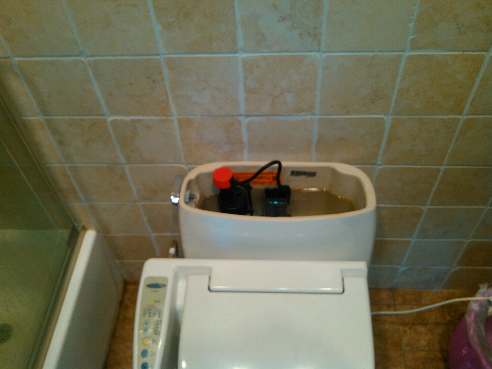La Canada Flintridge, CA - Removed and replaced fill valve for the toilet tank. also replaced the water supply line.