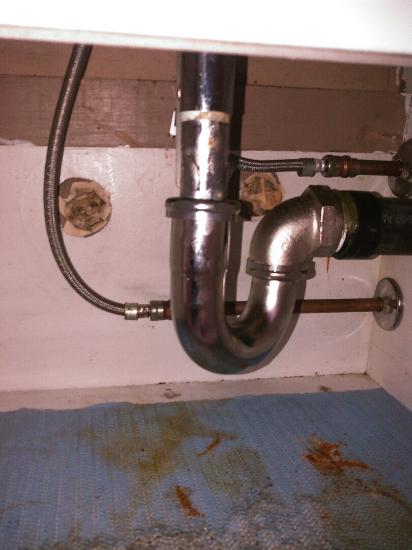 Granada Hills, CA - Unclogged and repaired drain for bathroom sink