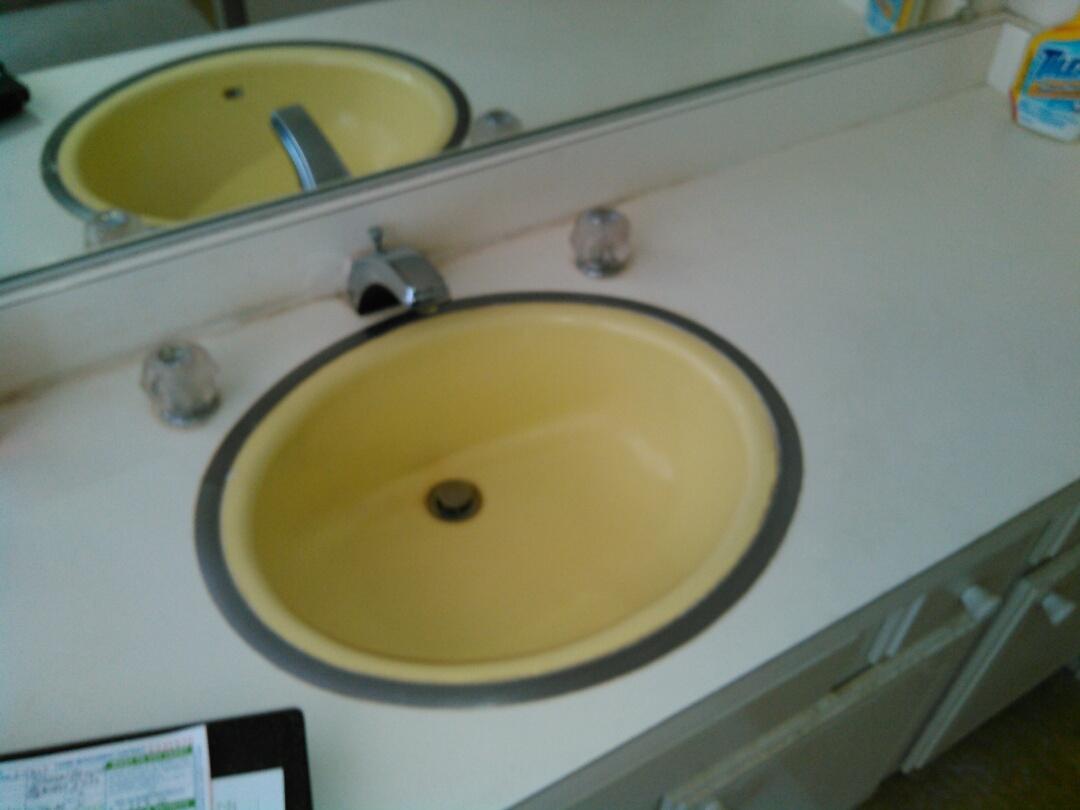 Canoga Park, CA - Faucet repair.