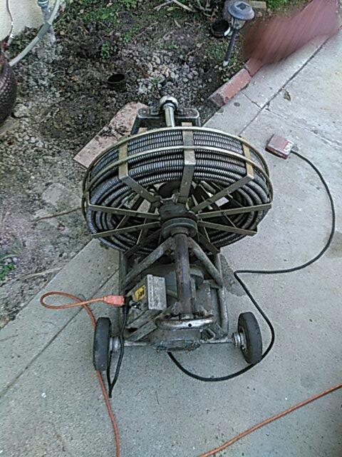 Diamond Bar, CA - Clearing sewer stoppagen