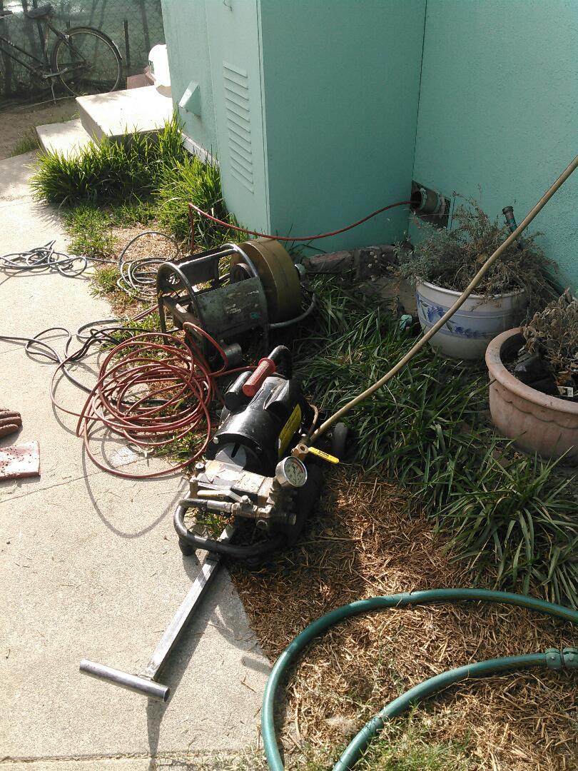 Altadena, CA - Hidro jetting drains for kitchen sink
