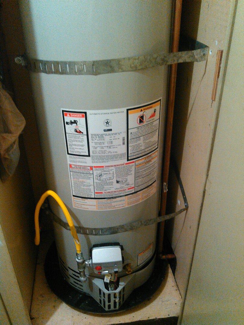 Santa Ana, CA - Remove and replace 40 gallon water heater