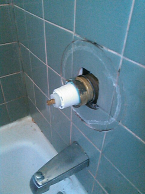 Oak Park, CA - Leaking faucet