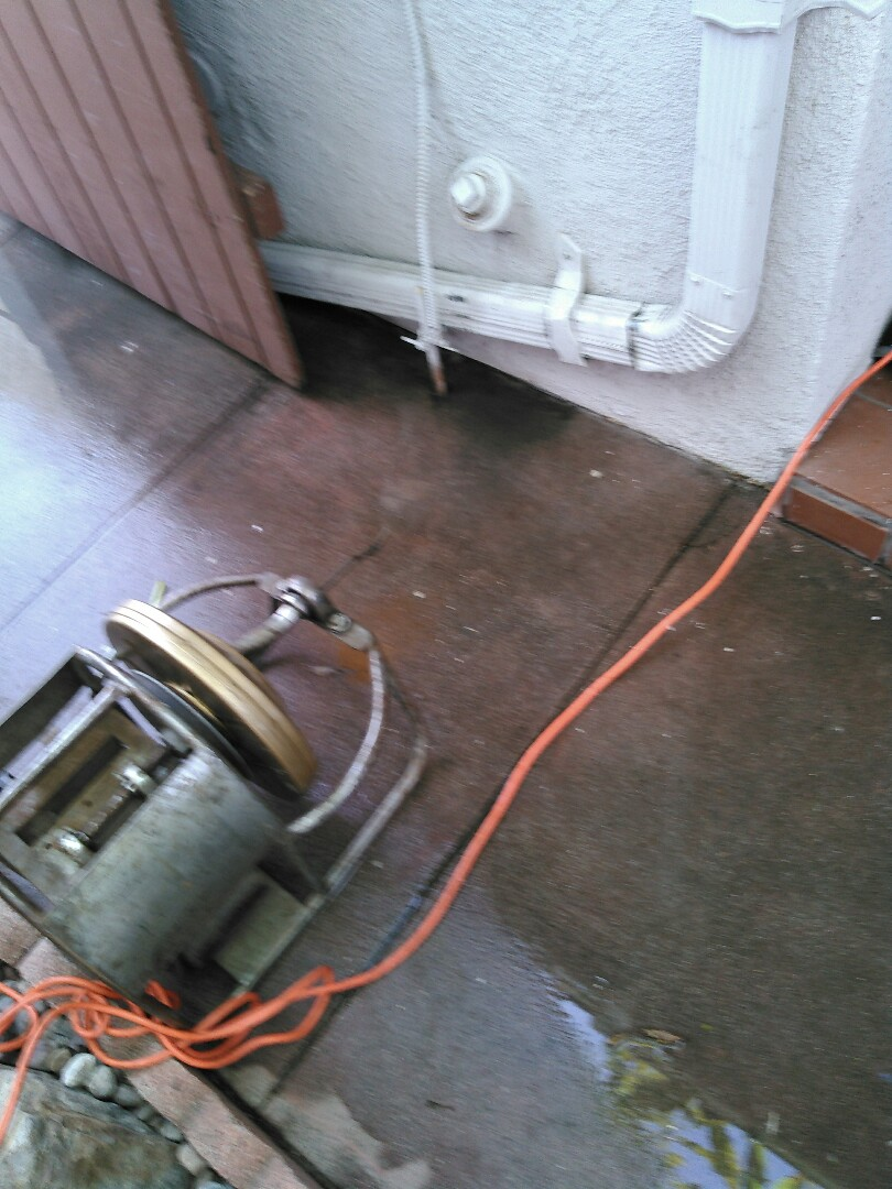 Covina, CA - Kitchen sink stoppage