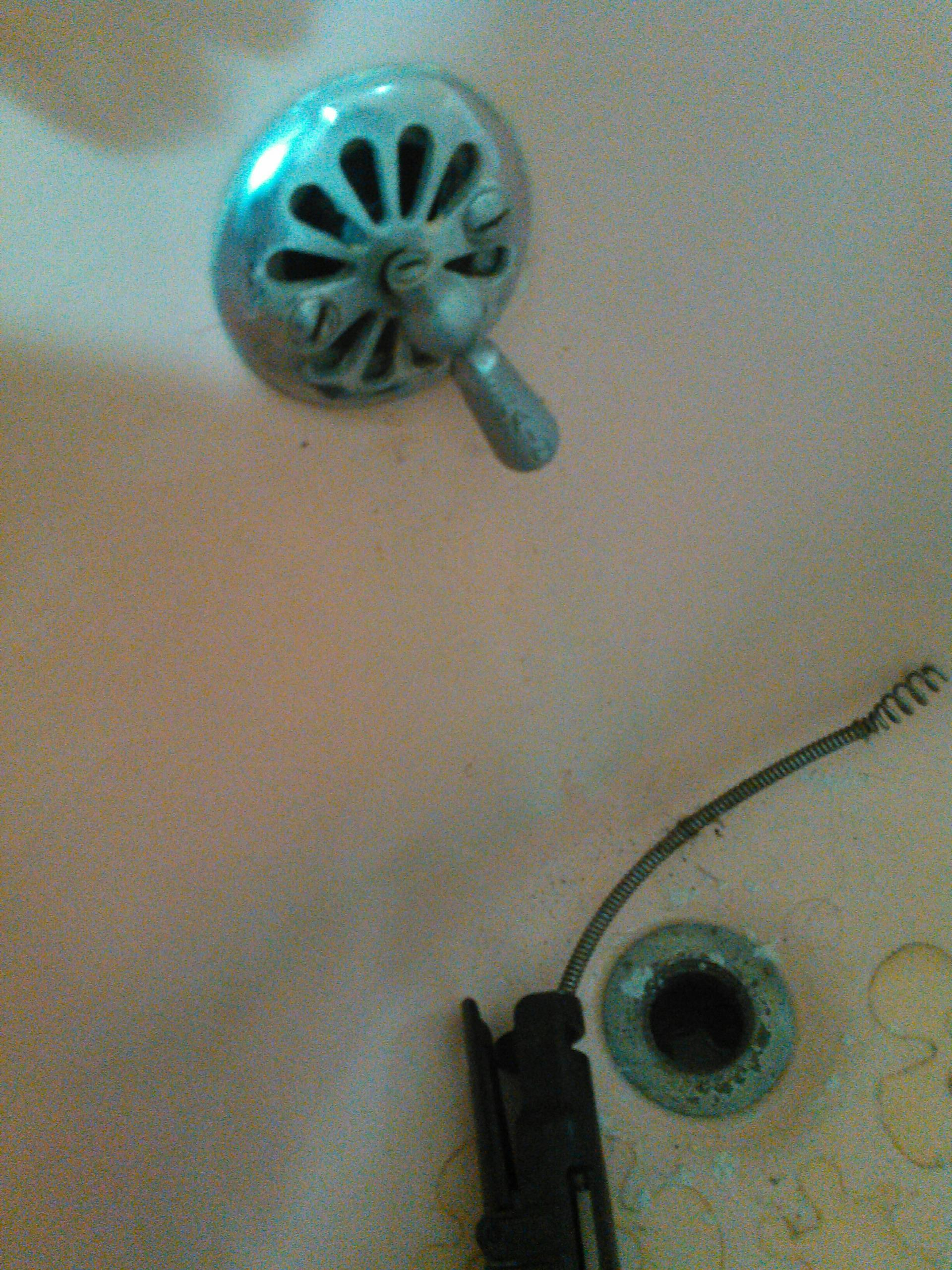 Azusa, CA - Gave estemate to replace waste and overflow in bathtub after stopper broke inside drain