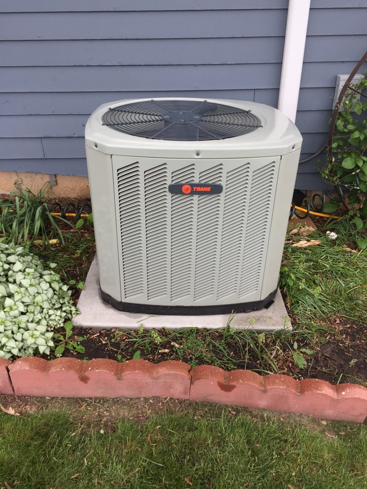 Helenville, WI - Performed air conditioner tune-up on a Trane