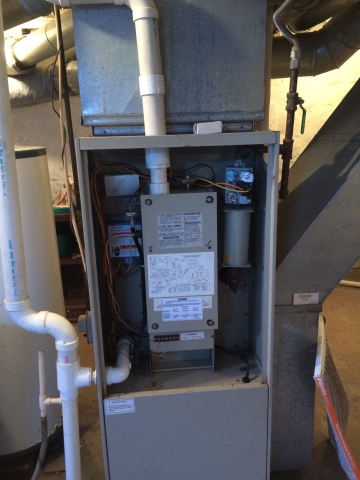 Whitewater, WI - Inspection of a Lennox Pulse furnace.
