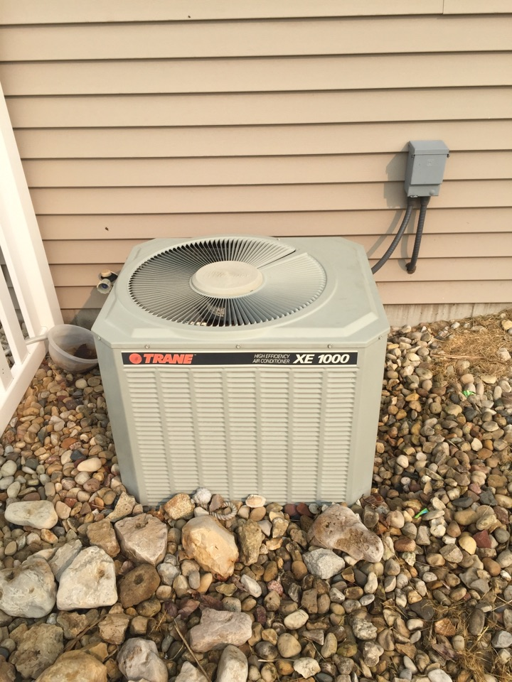Fort Atkinson, WI - Performed air conditioner repair on a Trane. System was low on refrigerant