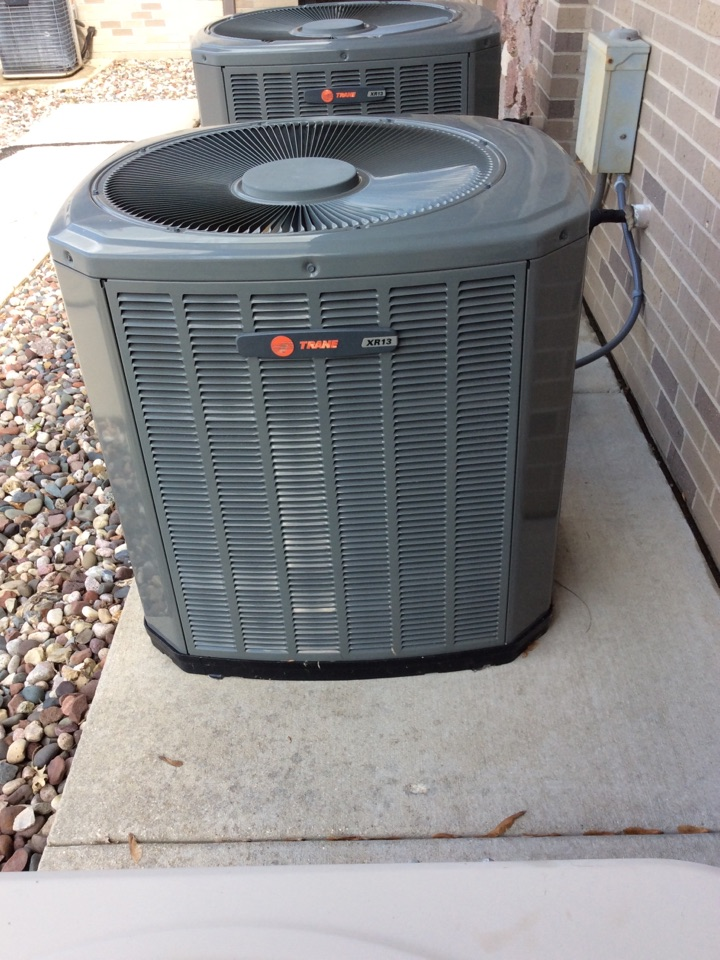 Fort Atkinson, WI - Air conditioner repair made.  Replaced the capacitor on a Trane