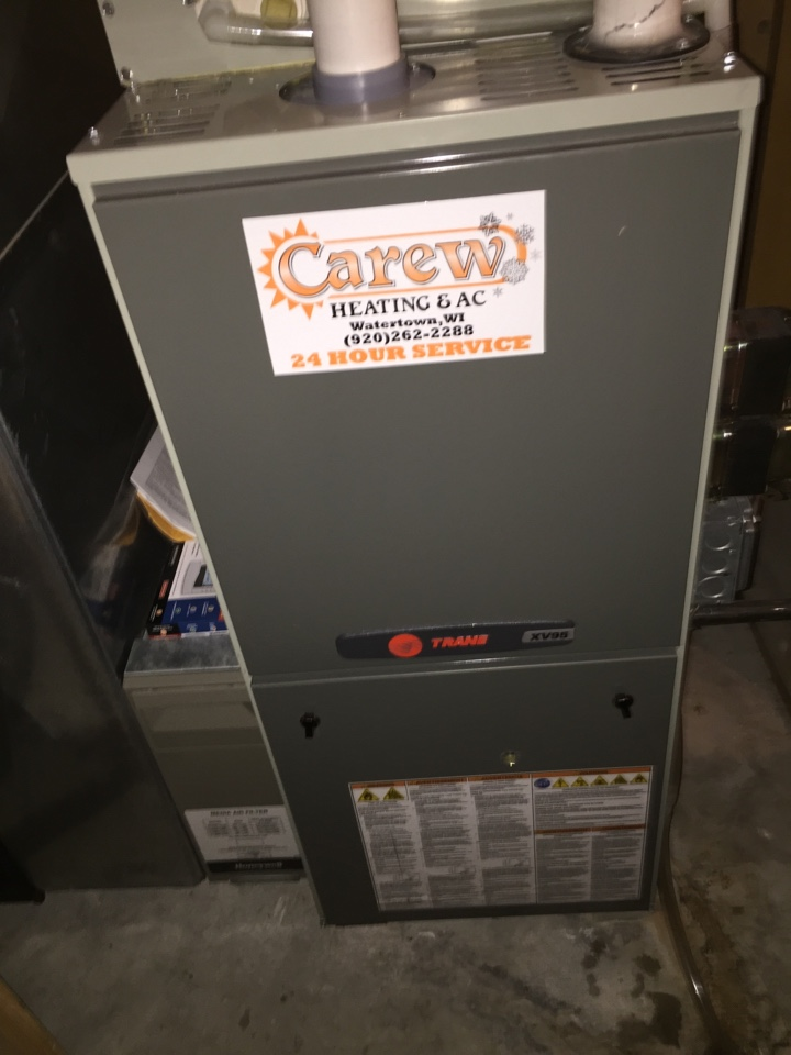 Ixonia, WI - Performed furnace tune-up on a Trane