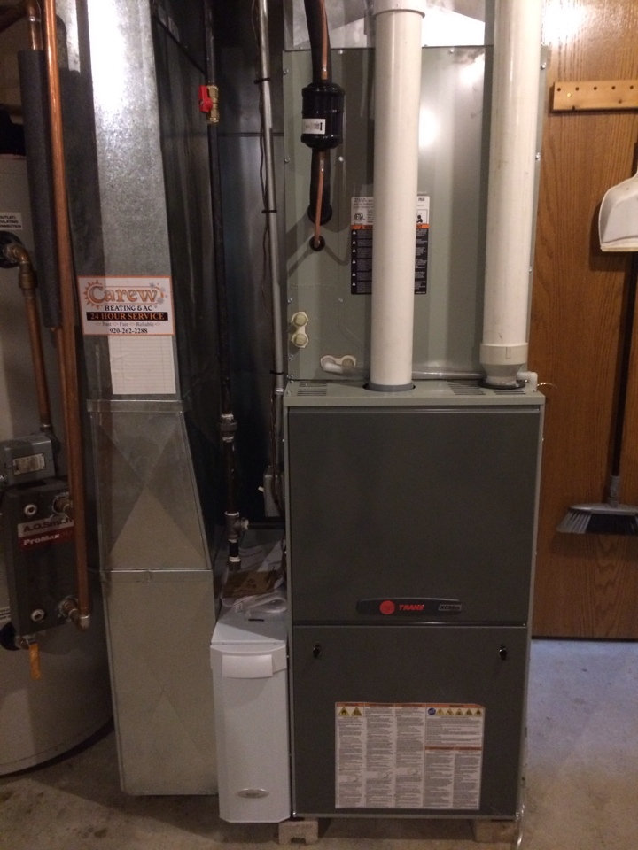 Sullivan, WI - Install the new Trane XC 95 modulating furnace with an whole house Aprilaire high efficient air filter and a  18 seer air conditioning system