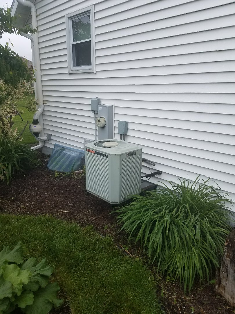 Jefferson, WI - AC maintenance.  Annual tune up on a trane unit