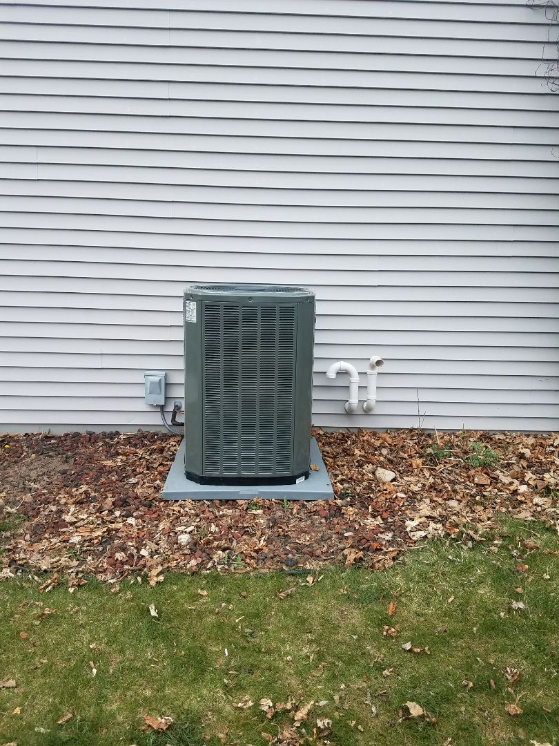 Johnson Creek, WI - Start up of a variable speed trane ac
