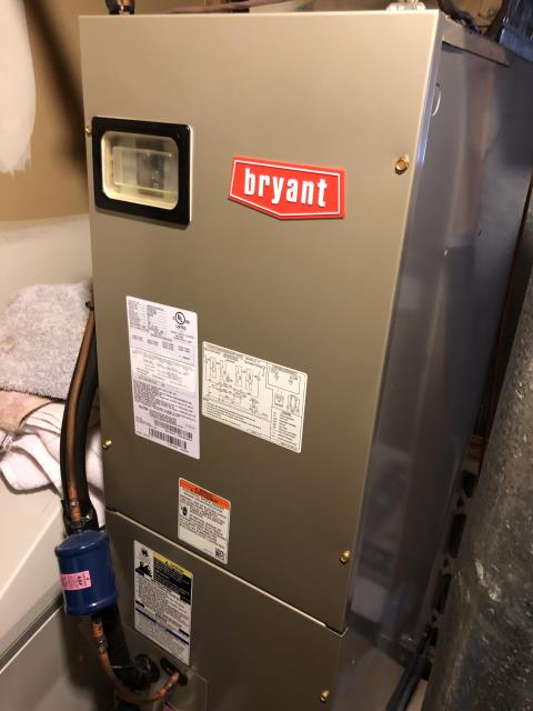 South Lebanon, OH - I performed a tune-up and safety check on a 2015 Comfortmaker gas furnace. I also replaced the motor surge capacitor.
