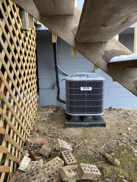 Cincinnati, OH - I installed a Carrier 80% 70,000 BTU Gas Furnace and a Carrier 13 SEER 2 Ton Air Conditioner.