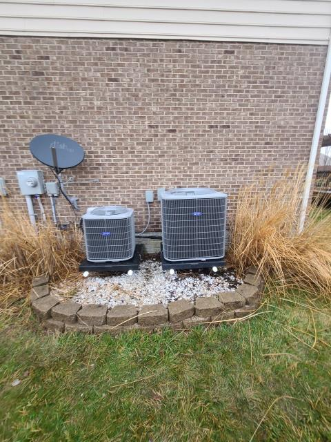 Lebanon, OH - I removed a Goodman Gas furnace and Goodman Air Conditioner.  I installed a Five Star 80% 70,000 BTU Furnace / Fan and a Five Star 13 SEER 2.5 Ton Heat Pump.  Cycled and monitored the system.  Operating normally at this time.  Included with the installation is a free 1 year service maintenance agreement.