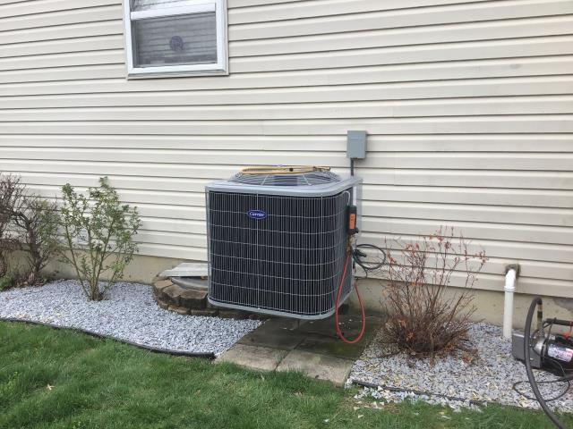 Middletown, OH - I performed a tune up and safety check on a Five Star up to 16 SEER 2.5 Ton Air Conditioner.  I found no issues and the system was fully operational upon my departure.