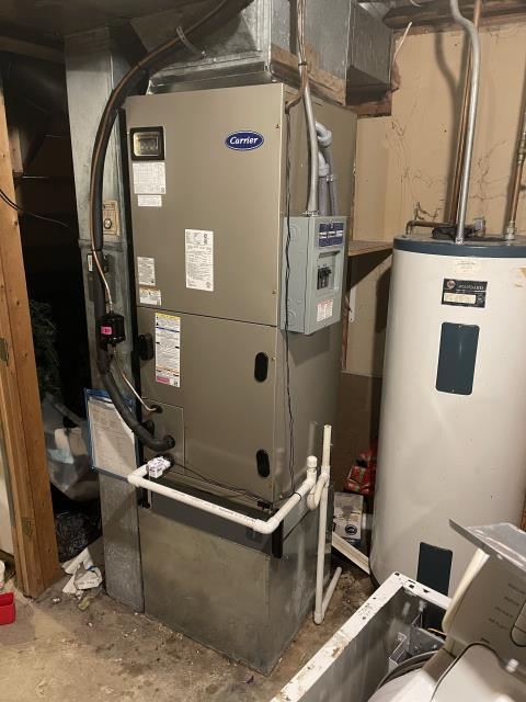 """Cincinnati, OH - I went to the customer' s home to install a Five Star Multi-Speed X-13 3 Ton Electric Furnace / """"Slant"""" Coil, and a Five Star 14 SEER 3 Ton Heat Pump.  Both systems were fully operational upon departure."""