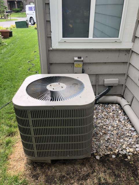 Maineville, OH - I performed a diagnostic on a Goodman heat pump.  I found that the condenser fan motor and capacitor were bad and needed replaced.  I quoted the repair cost vs replacement of the unit.  The customer will let me know how to proceed.