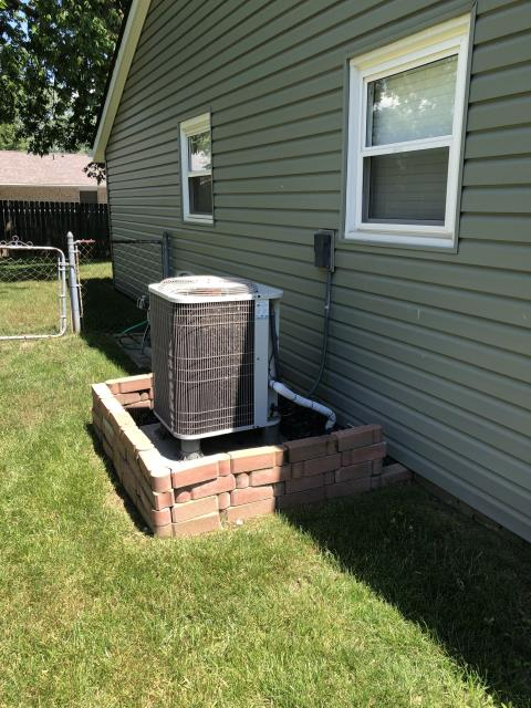 Springboro, OH - I performed a diagnostic on a Bryant air conditioner.  I found that the blower relay had failed causing the unit to freeze.  Due to the age of the system the customer decided to replace the whole HVAC system.